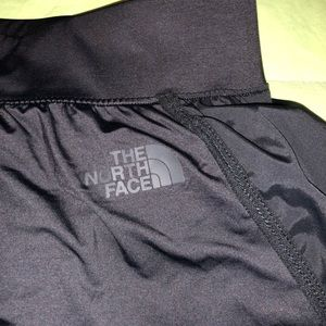 NWOT. The North face flash dry shorts.